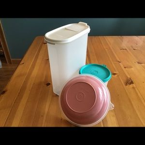 Tupperware Kitchen - 3 VINTAGE TUPPERWARE CLASSIC PIECES